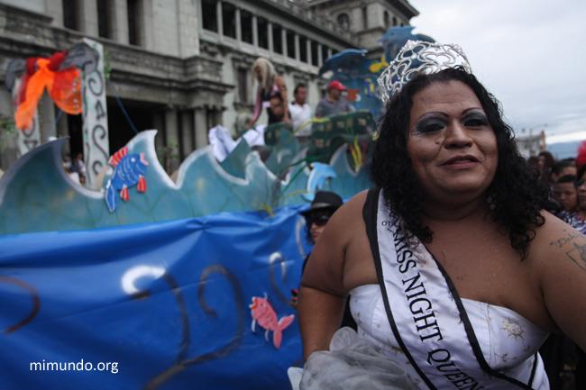 2011-06-MarchaDivSexual